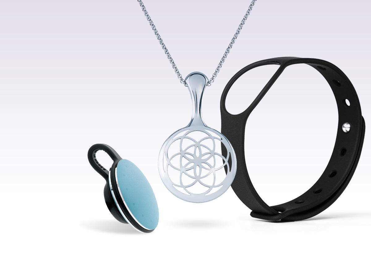 Misfit Shine Fitness and Sleep Monitor in blue