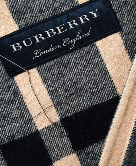 Up to 33% Off Burberry Scarves On Sale @ Nordstrom