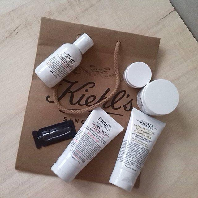 NM Exclusive tote + beauty samples Kiehl's Skincare Purchase @ Neiman Marcus