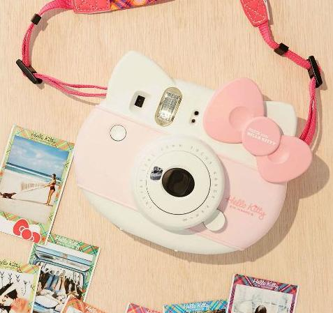 Fujifilm Instax Mini @ Amazon