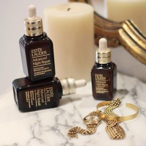 4 free deluxe travel sizes gift with $50 Estee Lauder purchase