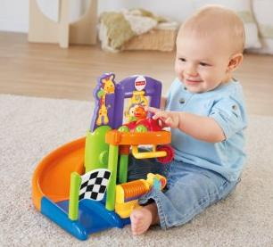Fisher-Price Friendly Racers Friendly Raceway @ Amazon