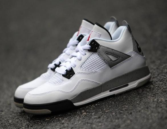 $159.99 Boys Grade School Air Jordan Retro 4 Basketball Shoes @ Foot Locker