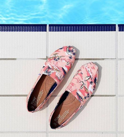 Up to 41% Off Tom's Slip-On limited-time online Sale