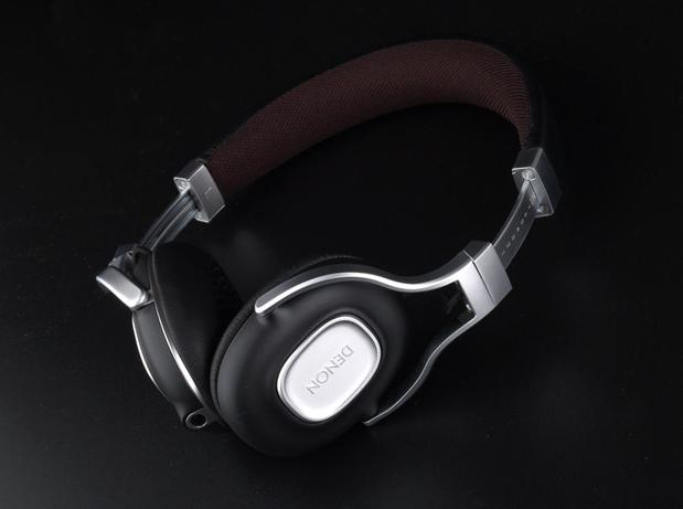 EUR 105.03 Denon AH-MM300 Music Maniac On-Ear Headphones