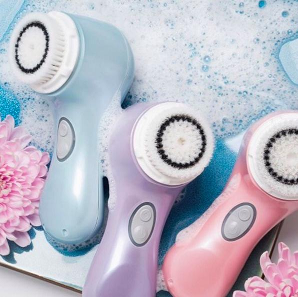 Free Travel Bag and An Extra Sensitive Brush Head (a $47 Value) with Any Purchase of $149 or More @ Clarisonic