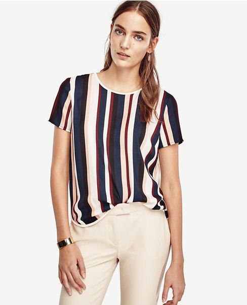 30% Off Blouses & Suits @Ann Taylor