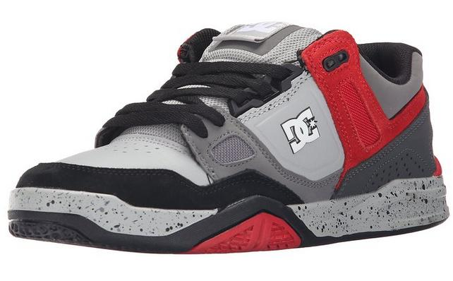 Up to 60% Off DC Shoes & Clothing @ Amazon.com