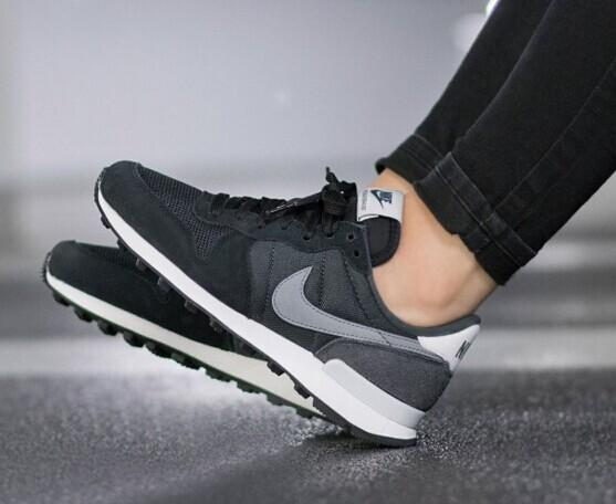 NIKE INTERNATIONALIST @ Nike Store