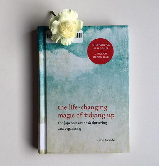 $10.19 The Life-Changing Magic of Tidying Up: The Japanese Art of Decluttering and Organizing