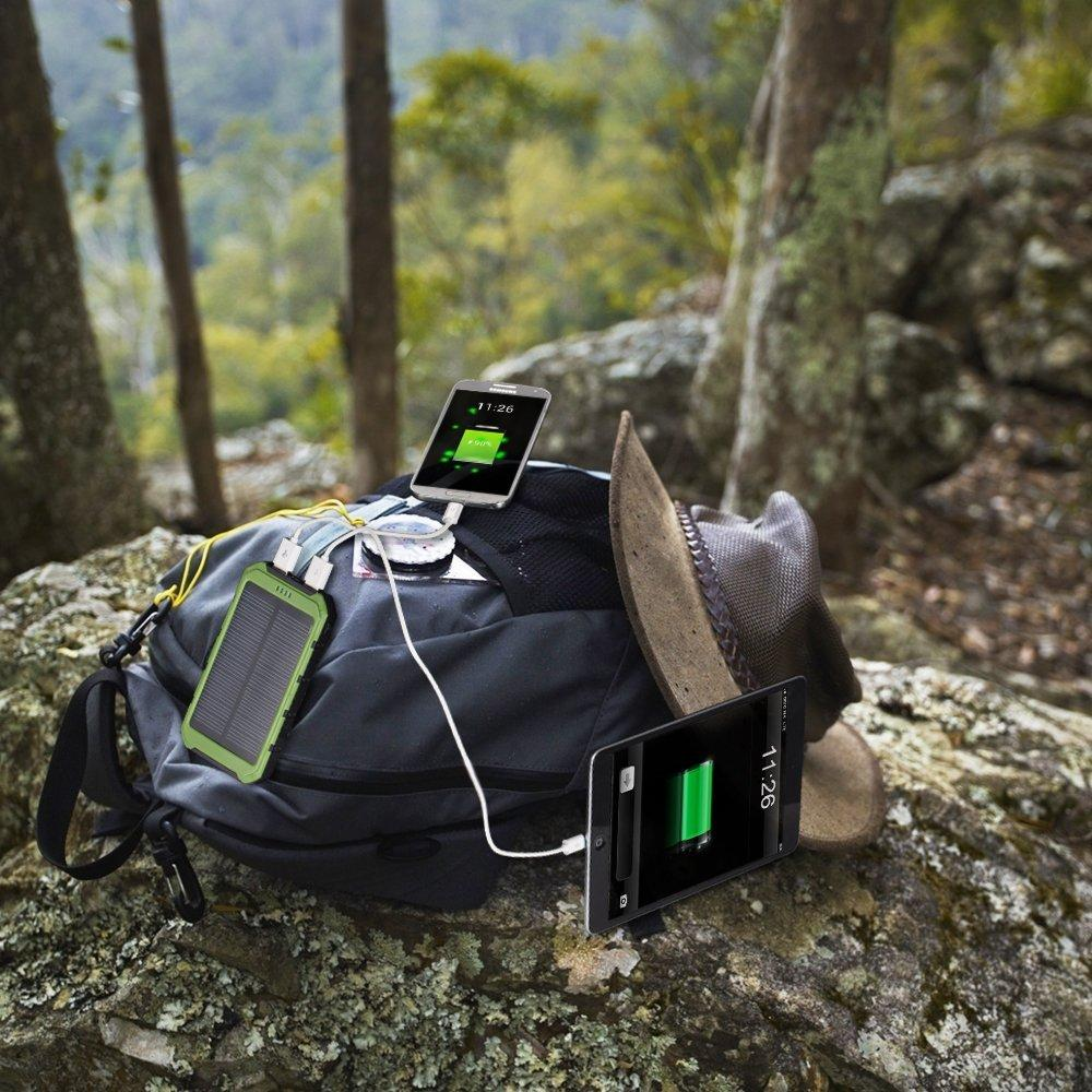GRDE 10000mAh Solar Phone Charger with 2 Mini Lamps