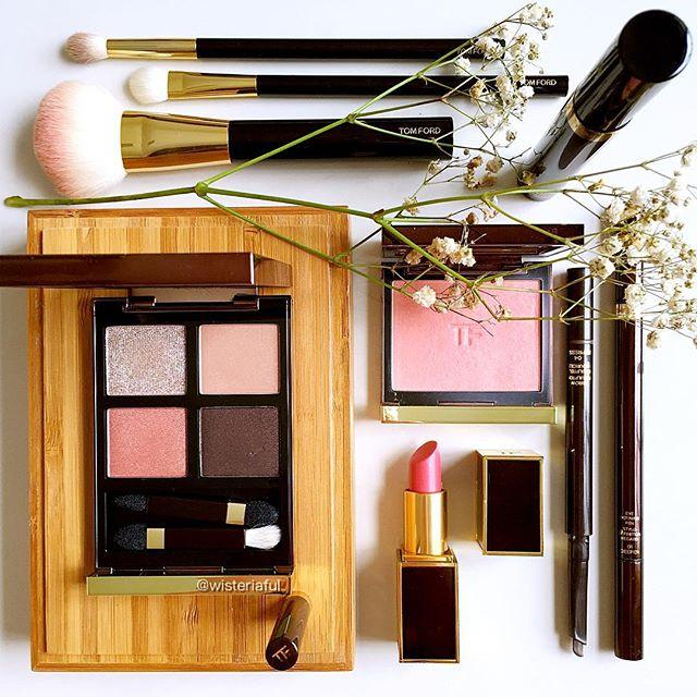 Extra 10% Off Beauty Purhcase @ Saks Fifth Avenue