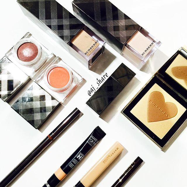 10% Off Burberry Beauty @ Saks Fifth Avenue