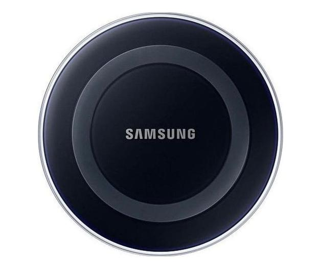 Samsung Wireless Charging Pad for Galaxy Smartphones & Qi Compatible Devices