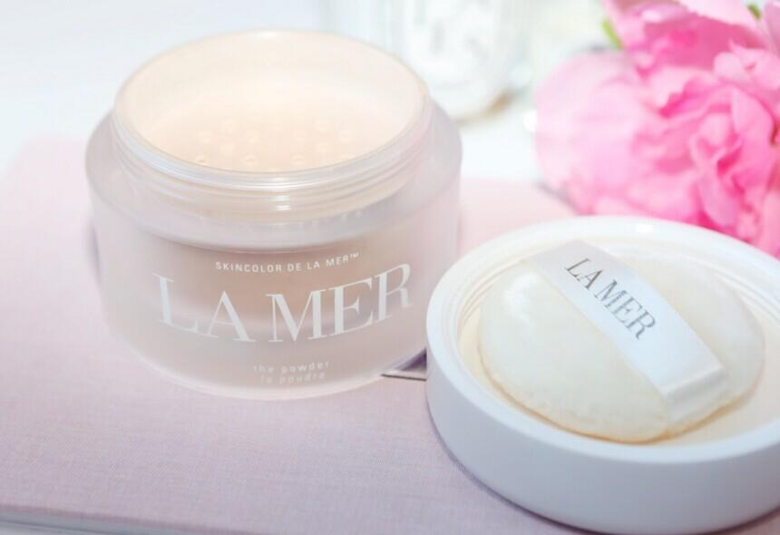 La Mer  The Loose Powder @ Saks Fifth Avenue