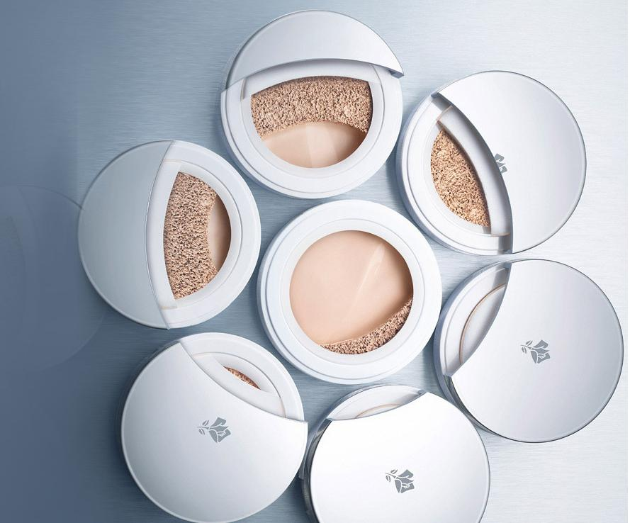 $47 MIRACLE CUSHION Liquid Cushion Compact Foundation @ Lancome