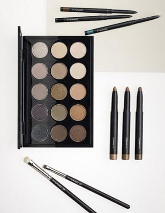 Only $65 (a $100 value) M·A·C Eyeshadow Palettes On Sale