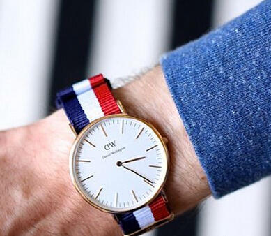 Daniel Wellington Men's Classic Cambridge Analog Display Multi-Color Watch 0103DW
