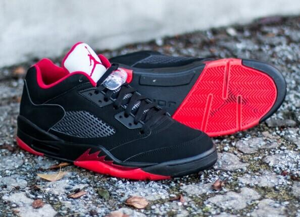 AIR JORDAN 5 RETRO LOW @ Nike Store