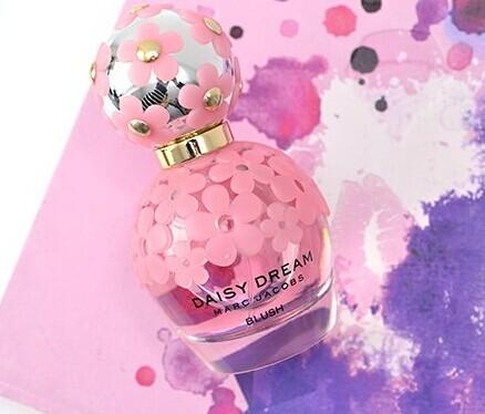 Marc Jacobs Daisy Dream Blush Eau De Toilette @ Bon-Ton