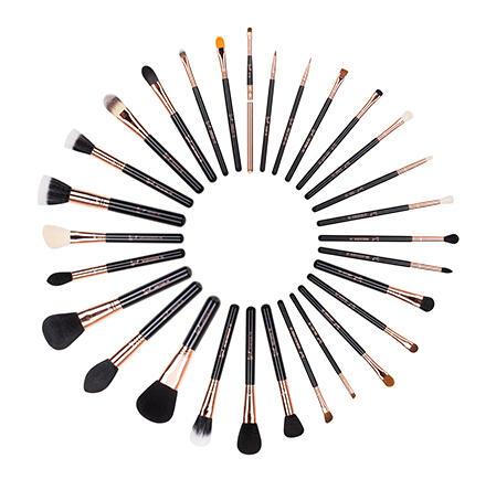 20% Off $60+ Free Sigma Beauty Pink Mini E05 Eyeliner Brush with Sigma Beauty Orders Over $60 @ B-Glowing