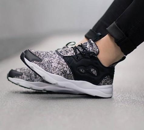Reebok FuryLite Winter Womens Classics Shoes