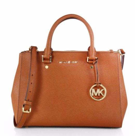 30% Off Selected Handbags @ Saks Fifth Avenue