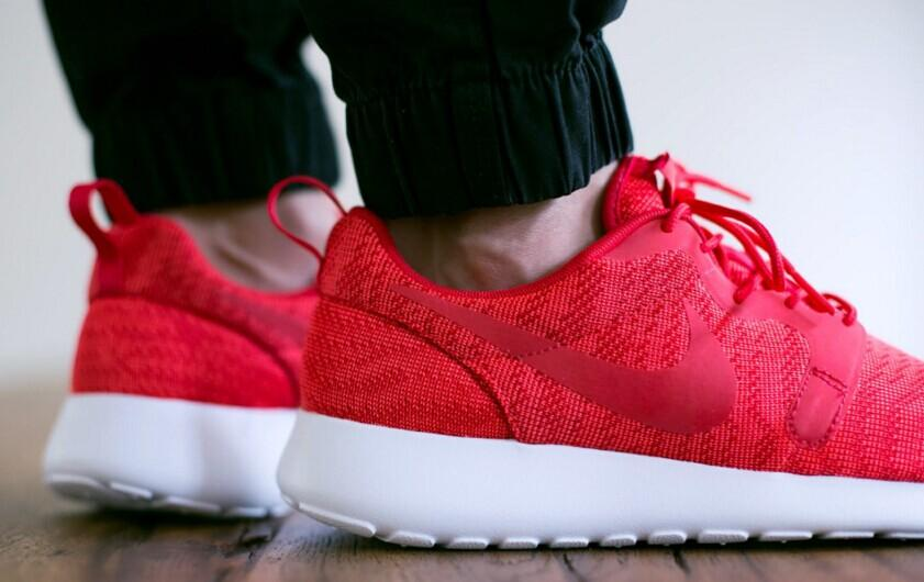 Up to 50% Off ROSHE ONE Shoes @ Nike Store