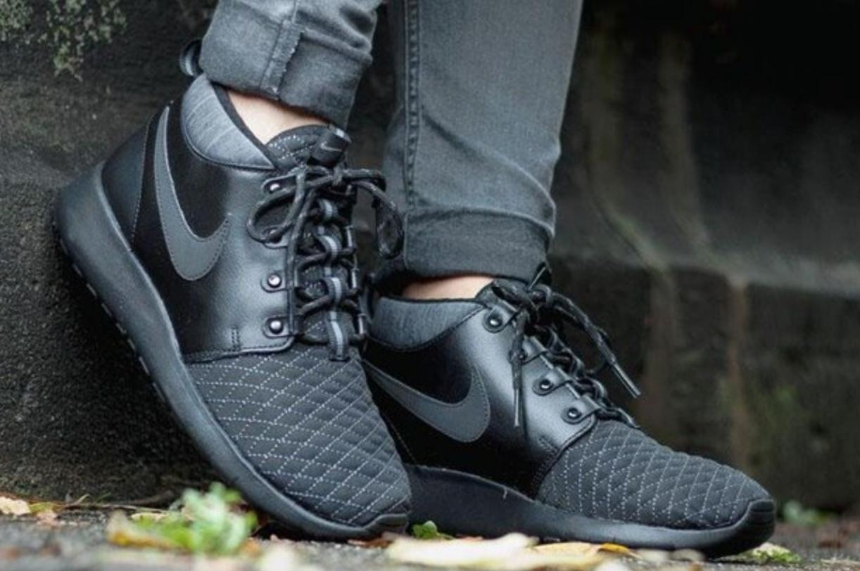 $37.47 NIKE ROSHE ONE MID WINTER On Sale @ Nike Store