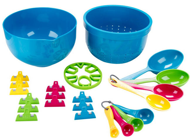 Dash 23-Piece Kitchen Set - Mixing Bowl, Strainer, Measuring Scoops, Trivet, Clips