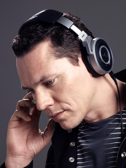AKG Pro Audio K167 TIESTO DJ Headphones