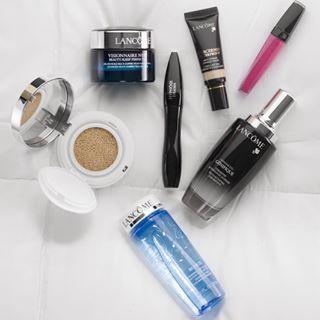 Free 4 Deluxe Samples with $49 or More Purchase @ Lancome