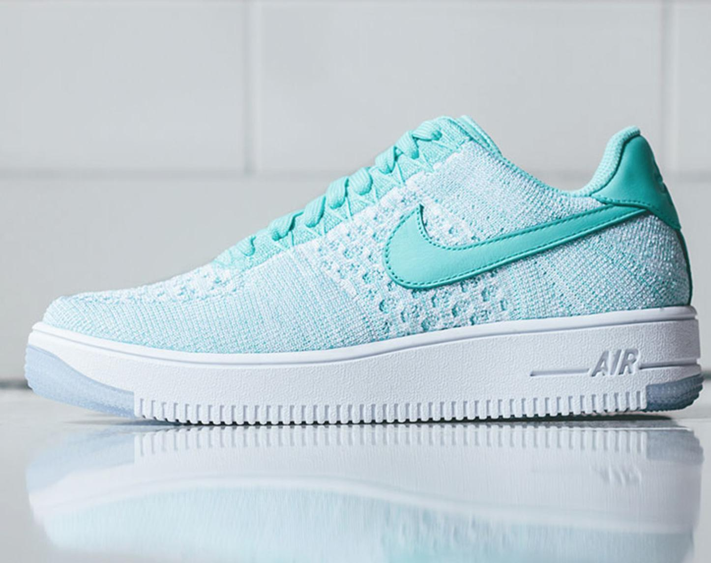 $160 Women's AIR FORCE 1 ULTRA FLYKNIT LOW On Sale @ Nike Store