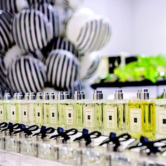 Receive a Free Peony & Blush Suede Deluxe Body Crème Sample with any purchase! @ Jo Malone London