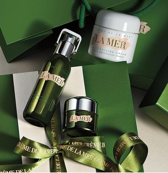 Free $100 Gift Card with $500+ La Mer Purchase @ Saks Fifth Avenue