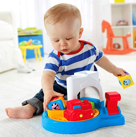 Fisher-Price Roller Blocks Whirlin' Train Town @ Amazon