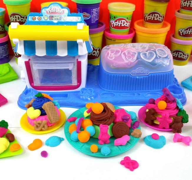 Play-Doh Sweet Shoppe Double Desserts Playset @ Amazon
