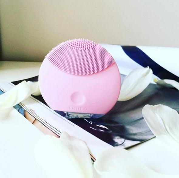 FOREO LUNA mini On Sale@ SkinStore.com