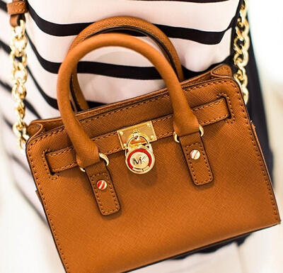 Up to 75% Off Mother's Day Flash Sale @ eBags