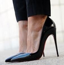 Up to 63% off Christian Louboutin, Jimmy Choo & more designer shoes @ Rue La La