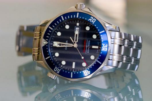 $1495 OMEGA Seamaster James Bond Ladies Watch