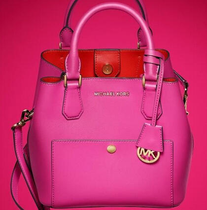 Extra 25% Off with $250 Greenwich Handbags Purchase @  Michael Kors
