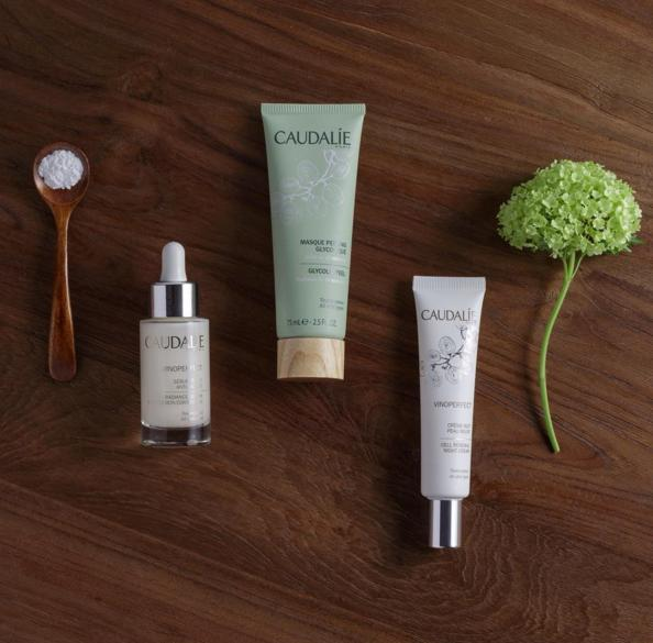 Final Day! 20% Off + Free Mother's Day Beauty Bag ($39 Value) with any SkinStore purchase of $125 Caudalie Paris Sale@ Skinstore