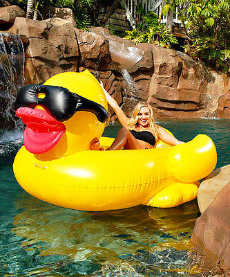 $40.21 NEW FOR 2016 GAME 5000 Giant Inflatable Pool Floating Riding Derby Duck