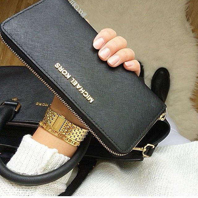 Up to 50% Off + Extra 25% Off with Wallet over $250 @ Michael Kors