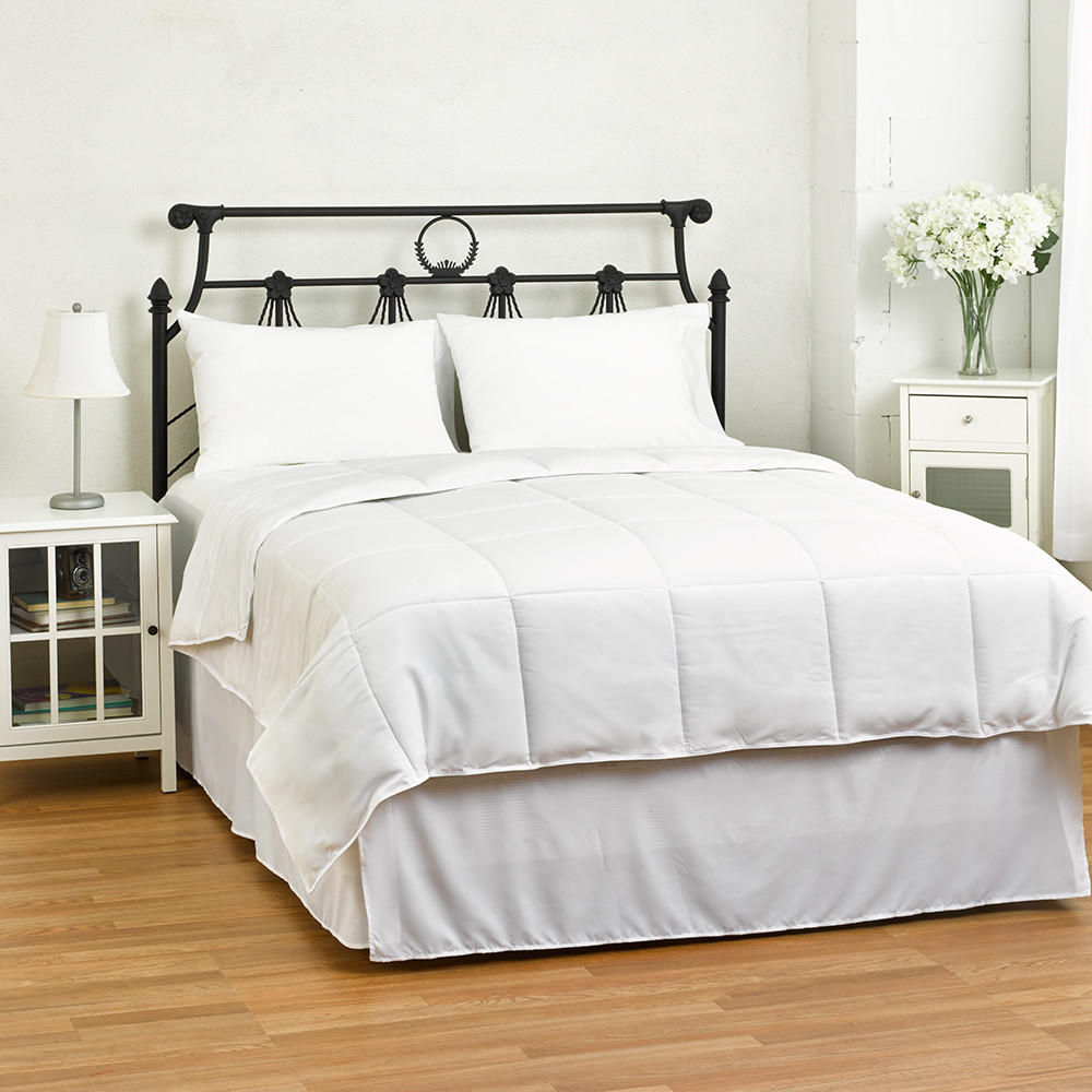45% Off the Lightweight Down Alternative Comforter/Duvet @eLuxury Supply