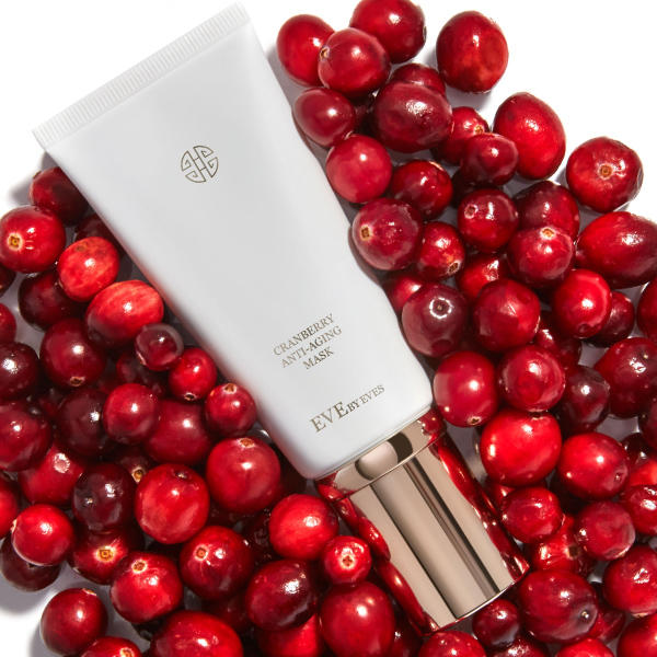 Buy for Mom & Treat Yourself, Too! Cranberry Anti-Aging Mask for $20 (Value $138) with a $69 Hand Cream Set Purchase @ Eve By Eves