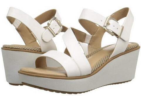 Up to 70% off Easy Spirit Women's Shoes @ Amazon.com
