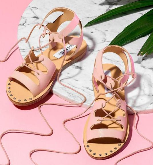 Up to 50% OffSummer Sale @Steve Madden