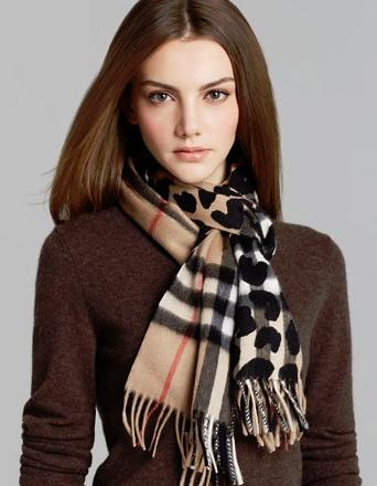 Up to 25% off Burberry Scarves Sale @ Bloomingdales